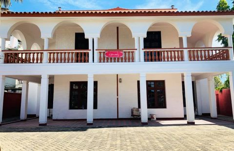 Tudor 5 Bedrooms Maisonette (Sale/Rental)